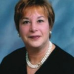 Linda  Leight