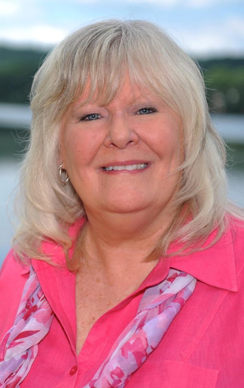 Lynne  Bigica