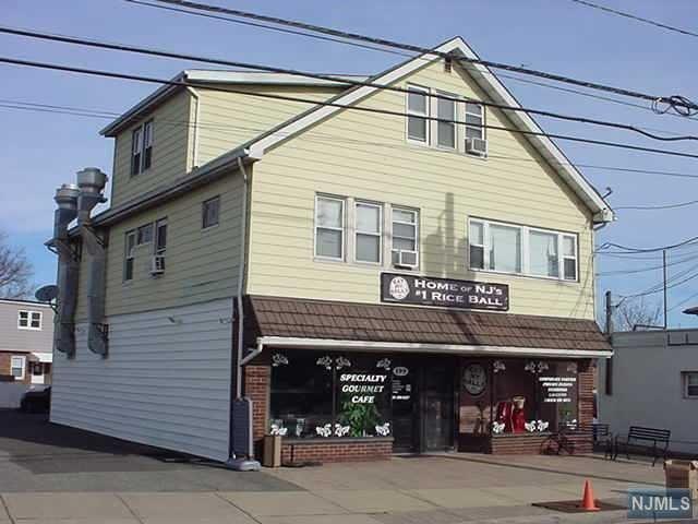 199 Market Street , Elmwood Park, NJ 07407